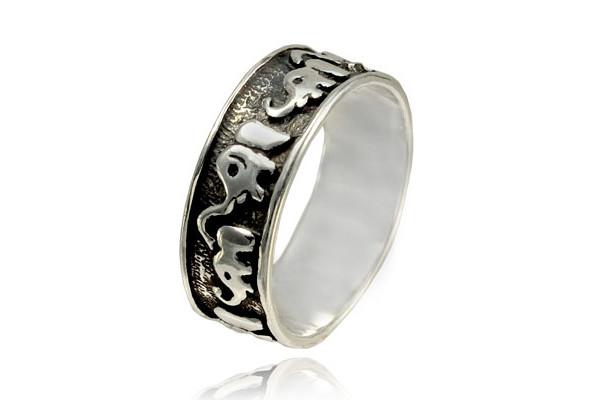 Кольцо из серебра 925 пробы Стадо
