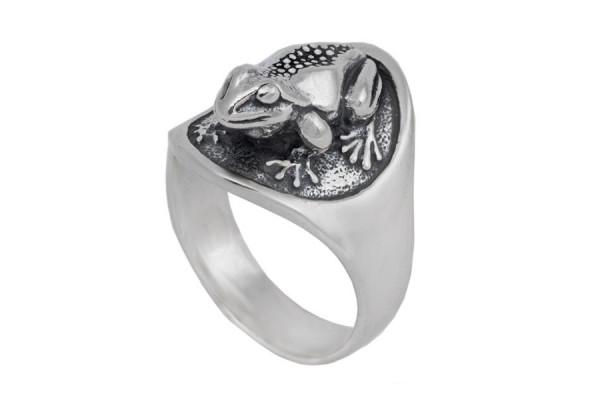 Кольцо из серебра 925 пробы Жаба