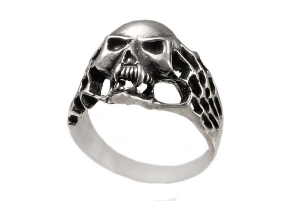 Кольцо  из серебра 925 пробы Байкер