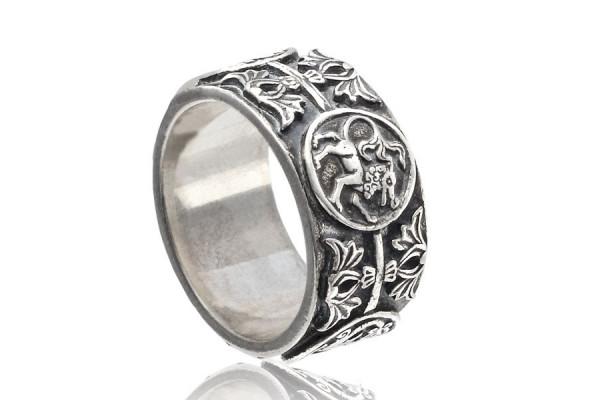 Кольцо из серебра 925 пробы  Барельеф