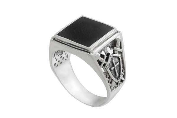 Серебряная печатка Рыцарь (Вставка Лидит)