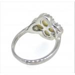 Кольцо из серебра 925 пробы с перламутром и цирконами