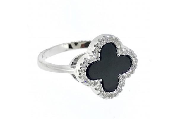 Кольцо из серебра 925 пробы с ониксом и цирконами